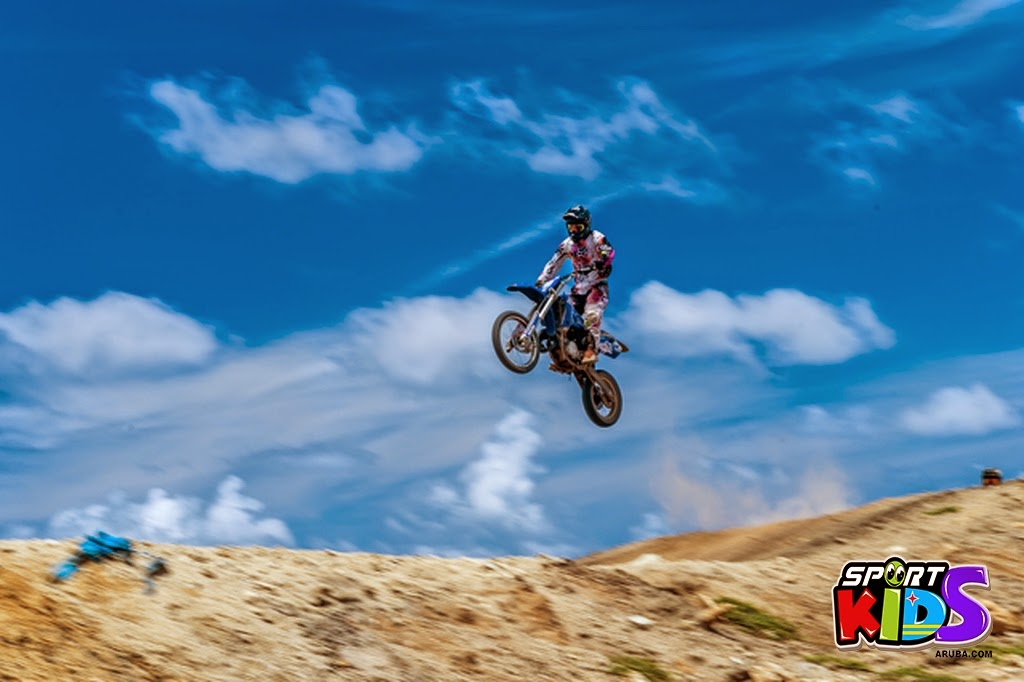 extreme motorcross Aruba - moto%2Bcross%2BGrape%2Bfiled%2BApril%2B2015-41.jpg