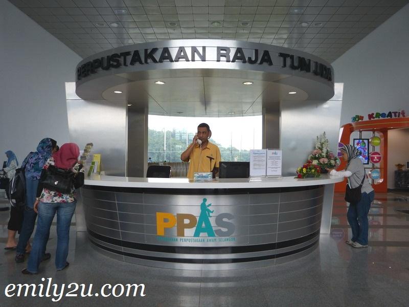 Raja Tun Uda Library, Shah Alam