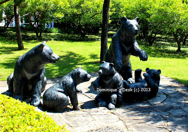 A family of bears