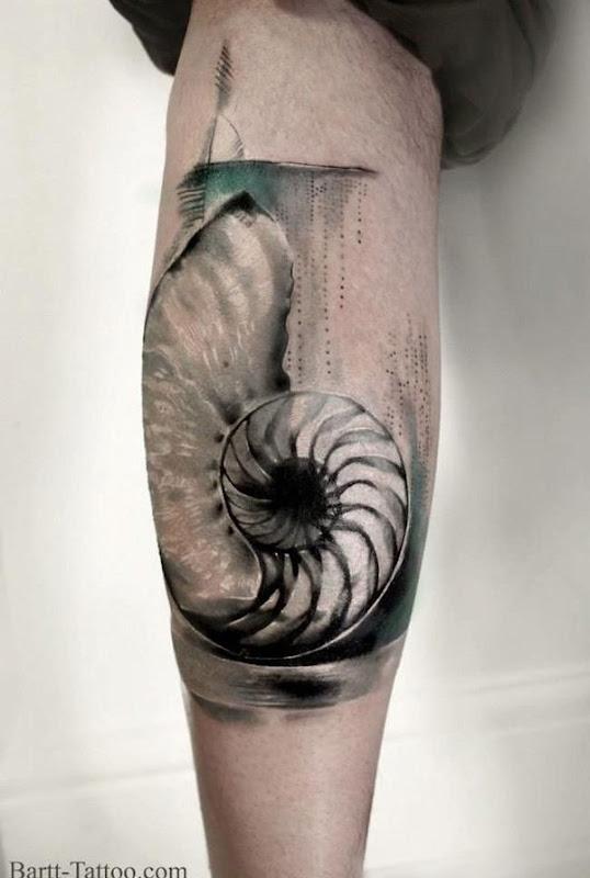 cinza_de_casca_de_bezerro_tatuagem