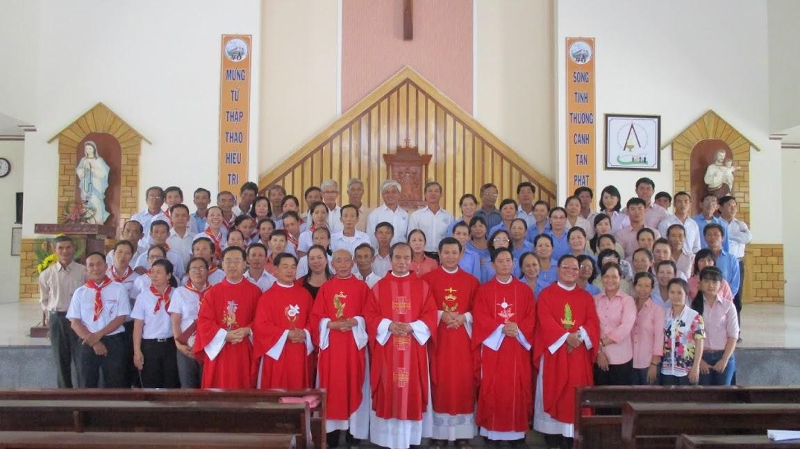 Đại hội giáo lý viên hạt Cam Lâm tại giáo xứ Vĩnh Bình ngày 27/07/2015.