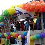gaypridemilano2005_carro.JPG