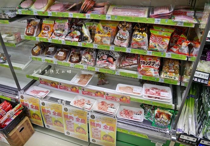 6 日本必逛必買 Lawson 100 便利商店也走百円風 生鮮熟食 泡麵零食 各式食品 生活日用品雜貨通通百円價好逛好買