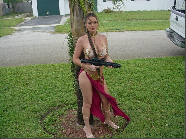 Princess Leia - Golden Bikini Cosplay_865825-0018