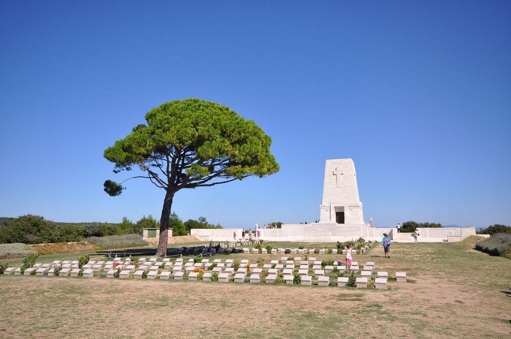 gallipoli-lone-pine-tree-2