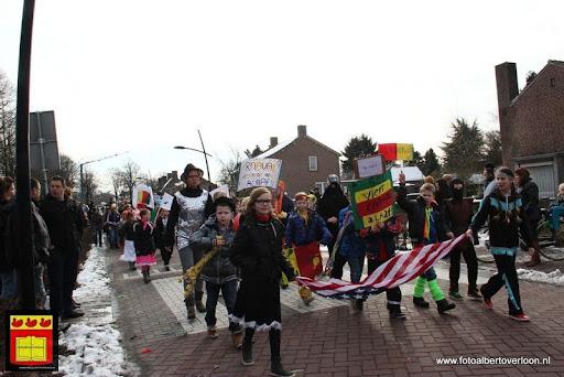 carnavalsfeest op school 08-02-2013 (68).JPG