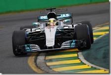 Lewis Hamilton ha conquistato la pole del gran premio d'Australia 2017