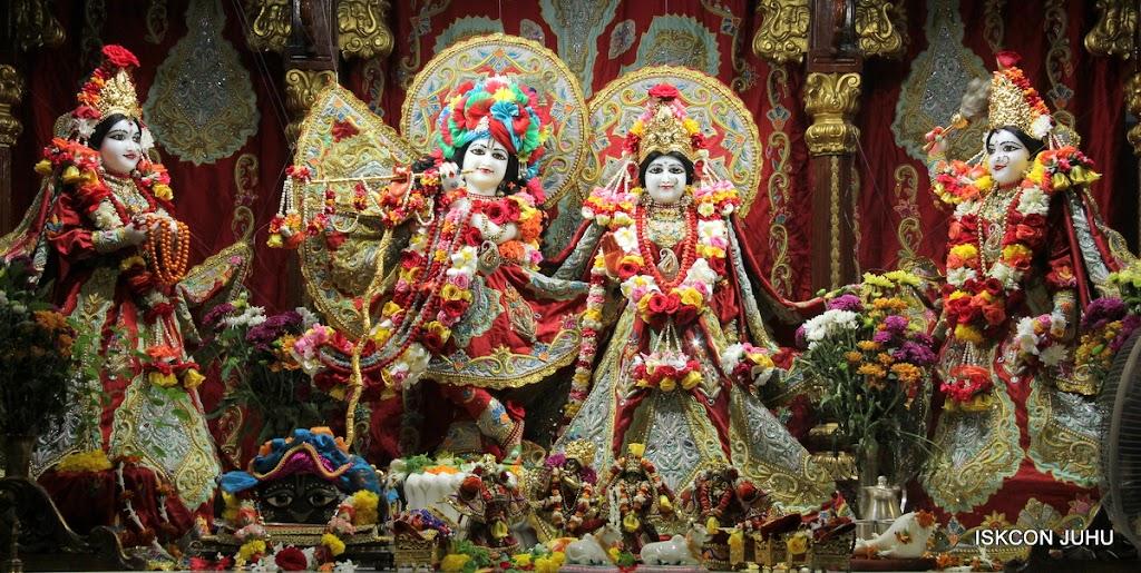ISKCON Juhu Sringar Deity Darshan on 23rd Aug 2016 (2)