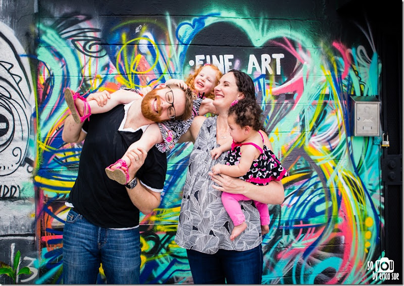 wynwood-walls-miami-family-photo-session-maternity-1412