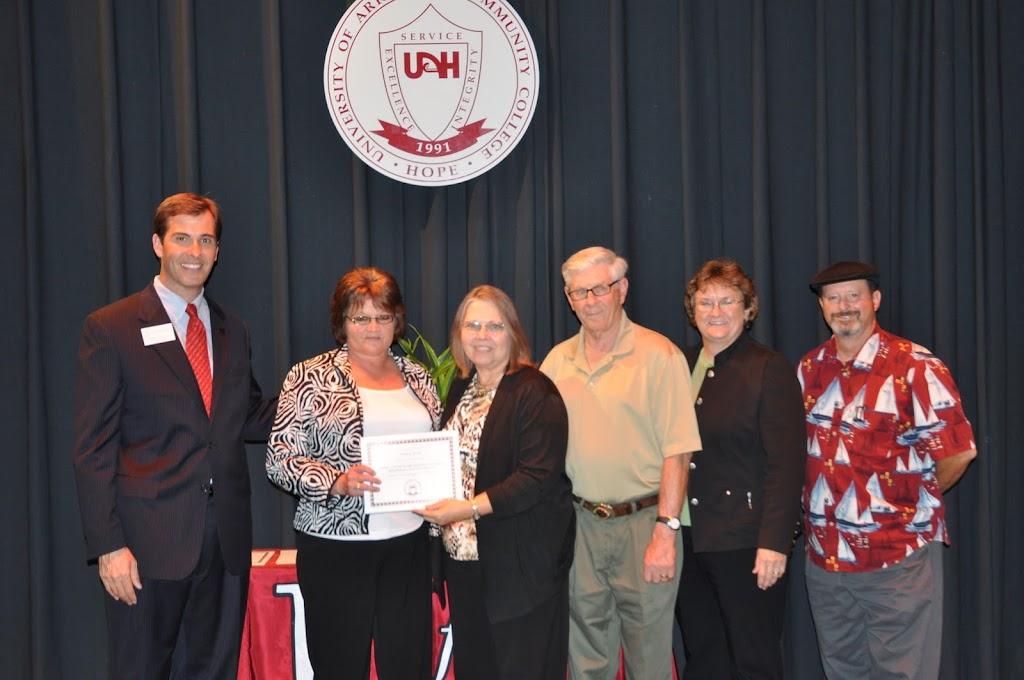 Foundation Scholarship Ceremony Fall 2011 - DSC_0037.JPG