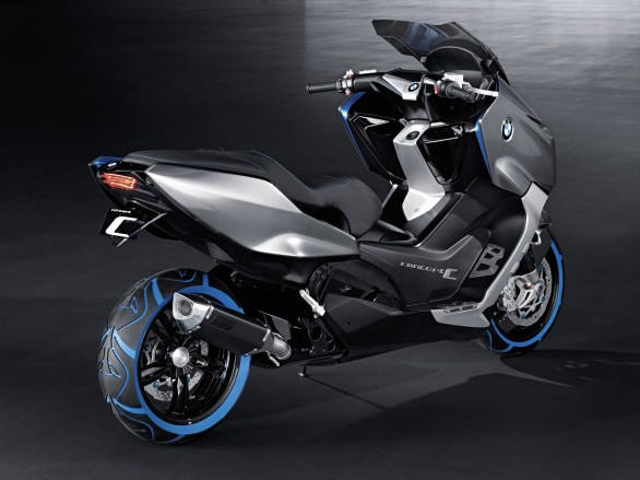 Bmw Prepare Maxi Scooters For 2012 Motor Sport Gallery