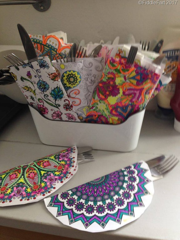 [colouring+in+cutlery+holders%5B9%5D]