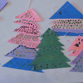 Christmas tree ornaments from paper