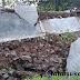 Tembok Pembatas Pemukiman Warga dan RSUD Sekarwangi Cibadak Ambrol