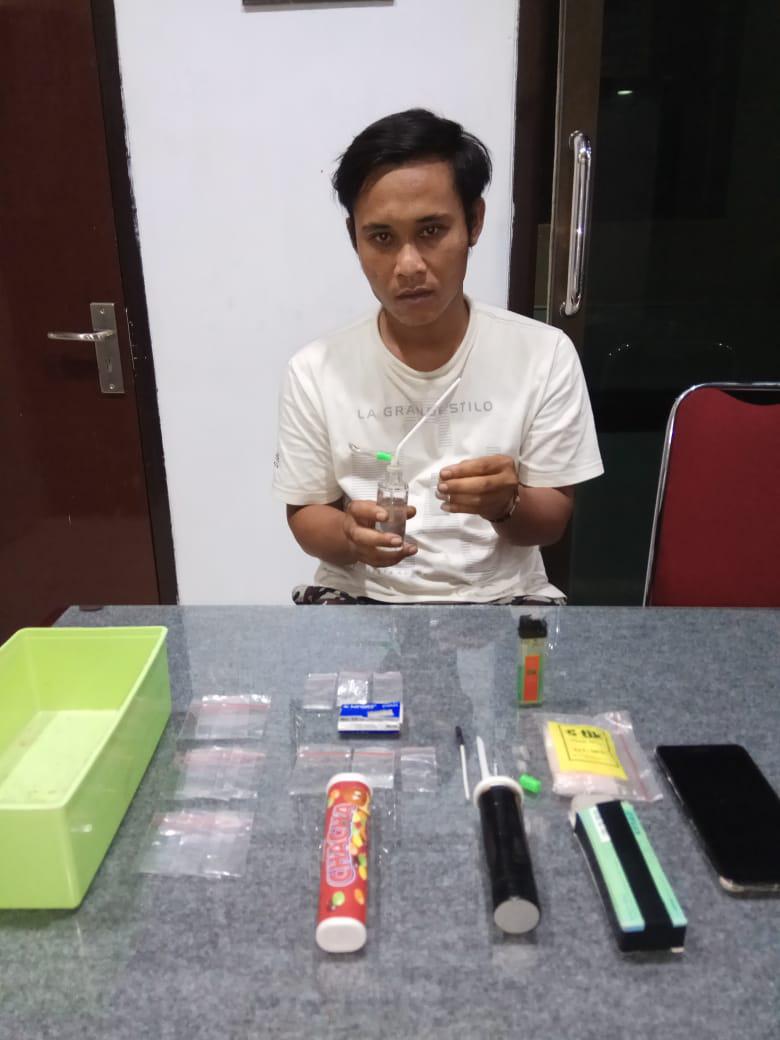 Pengedar Sabu Diborgol Satreskoba Polres Lumajang