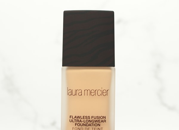 FlawlessFusionFoundationLauraMercier2