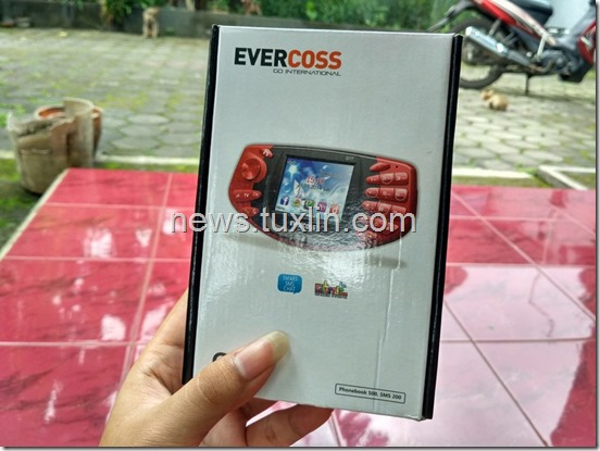 Hands On Evercoss G7T, Ponsel Gaming dengan NES Emulator
