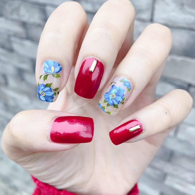 Blue Flower with Red Polish Nail Art - chichicho~