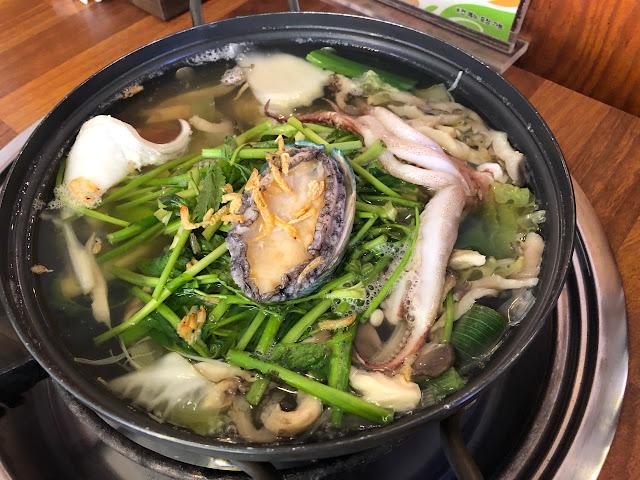 ☻遊韓美食☻鮑魚海鮮刀切麵