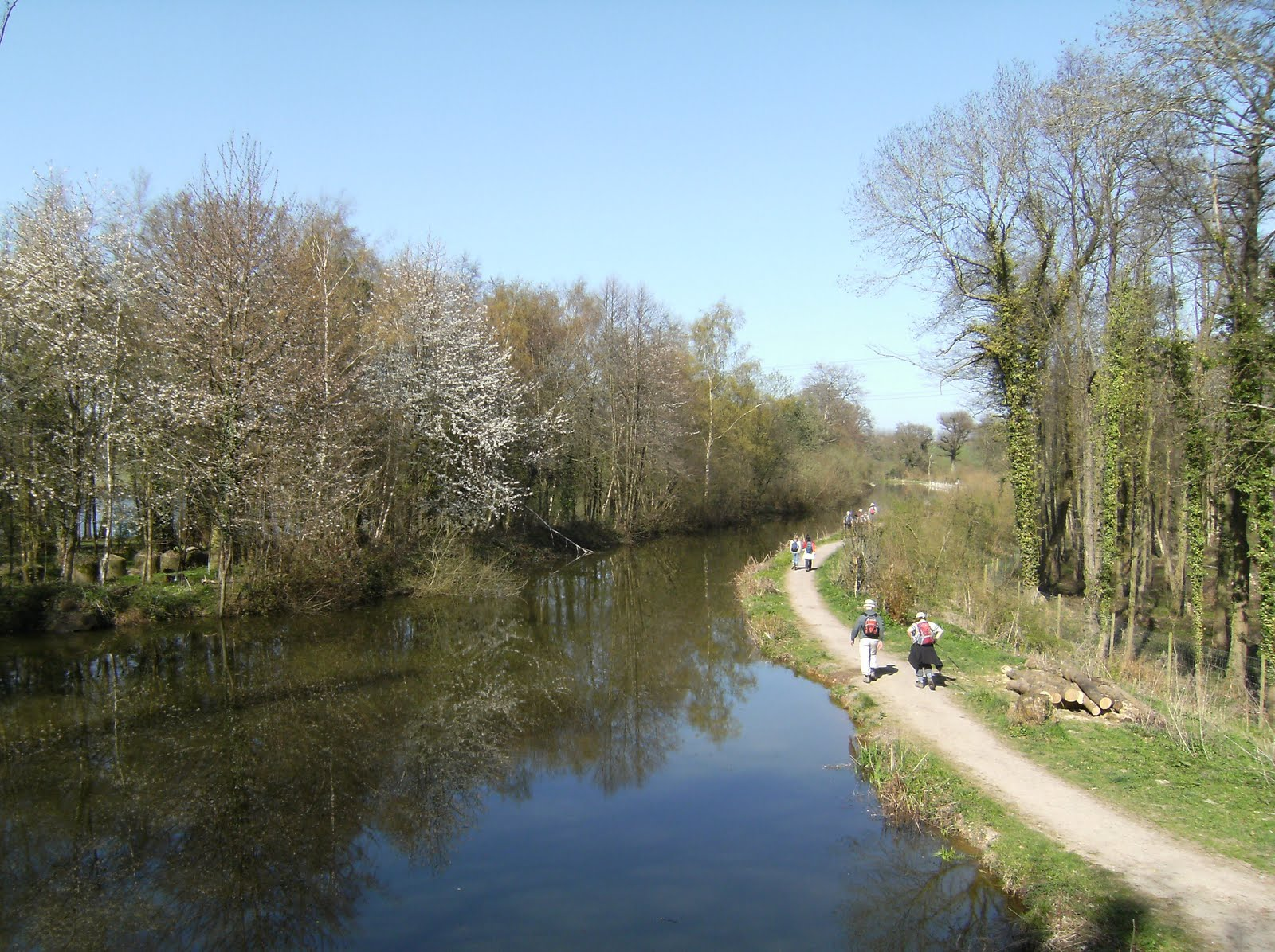 1004170019 Basingstoke Canal from Blacksmith's Bridge