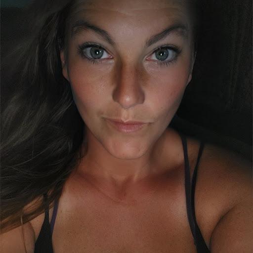 user Krystal Wiebe apkdeer profile image