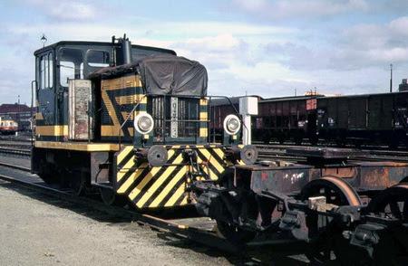 9010 in Kortrijk 1983 (foto Hugo Nauwelaerts)