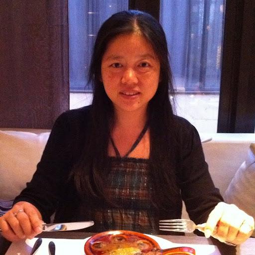 Amy Tsou Photo 14