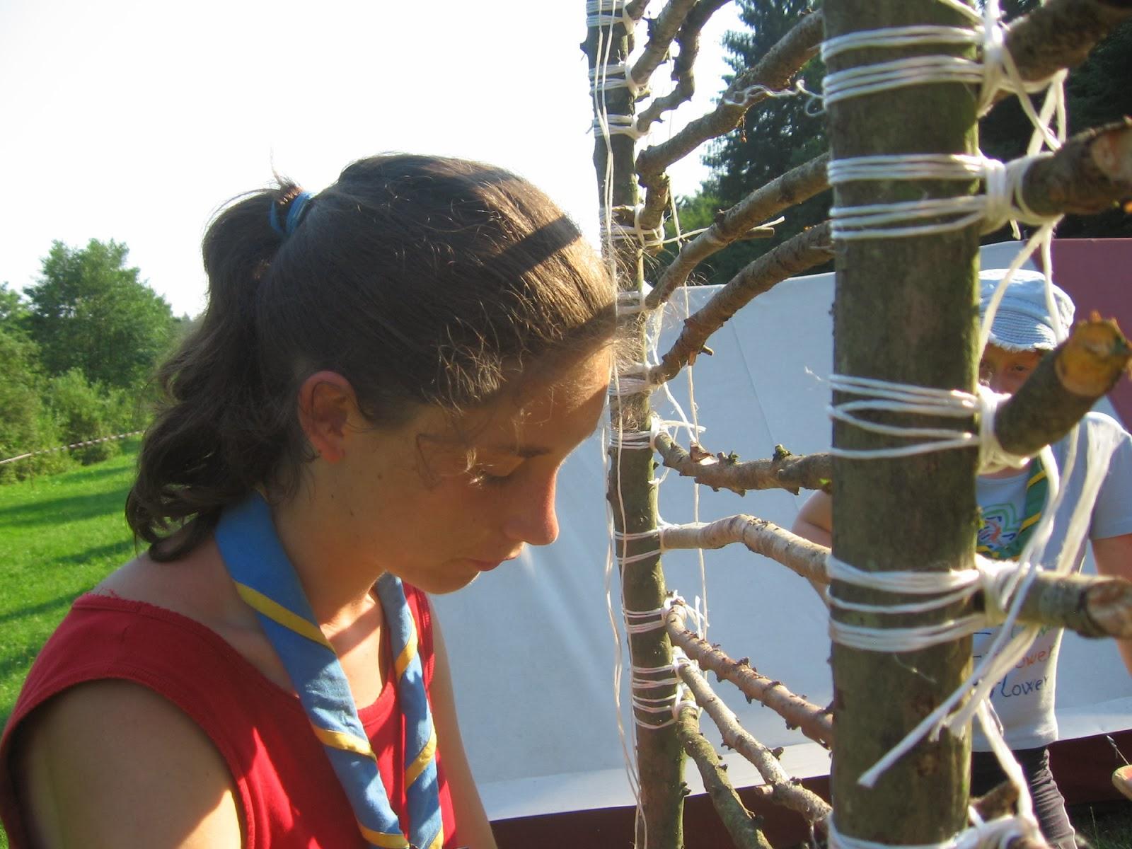 Taborjenje, Lahinja 2005 1. del - Taborjenje05.Nina%2B019.jpg