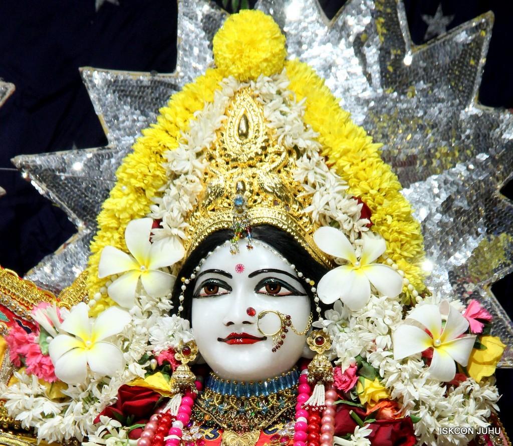 ISKCON Juhu Sringar Deity Darshan 22 Nov 2016 (26)