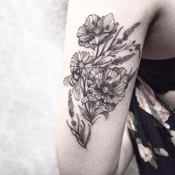 estes_romntica_de_flores_silvestres_em_volta_do_braço
