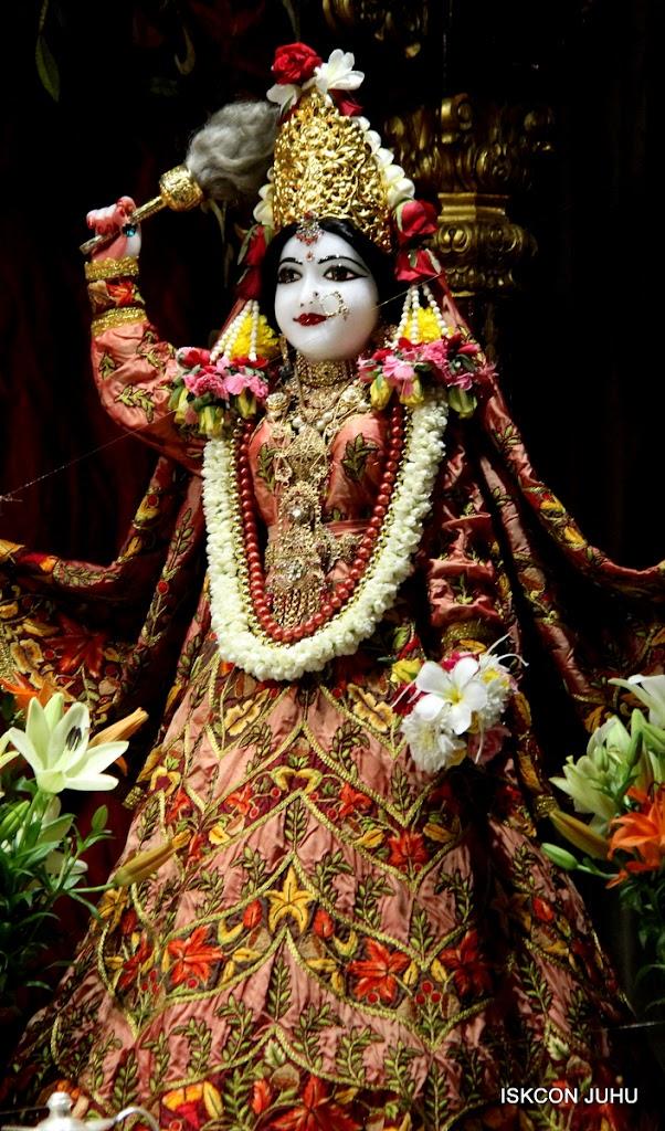 ISKCON Juhu Sringar Deity Darshan on 30th May 2016 (1)