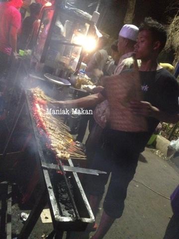 maniak-makan-sate-taichan-senayan-jakarta
