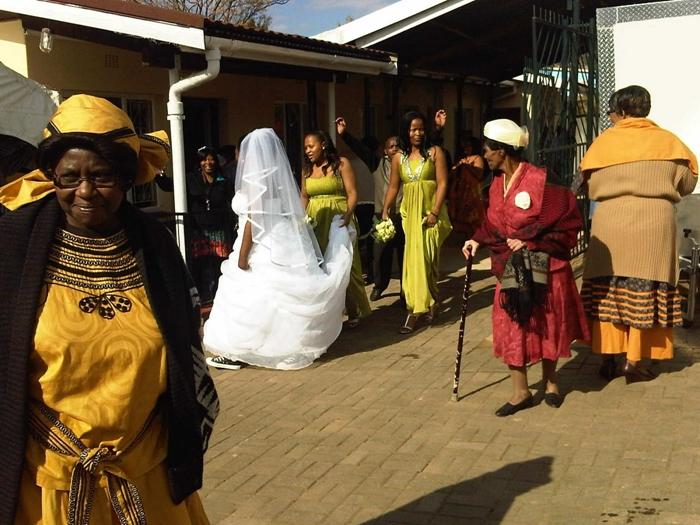 Fashion 2017 hairstyles - Shweshwe Mermaid Wedding Dresses 2016 Fashionte