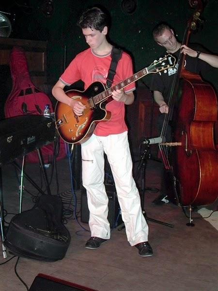 gitaristenbassistbjong_28062005a