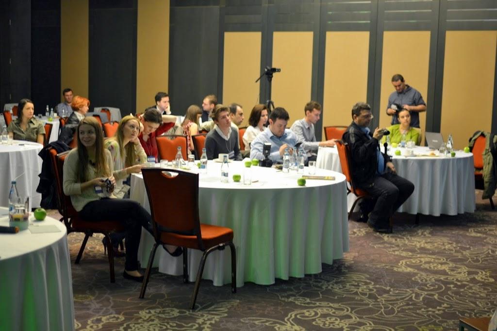 Tech Intelligence Conference, Hotel Howard Johnson 357