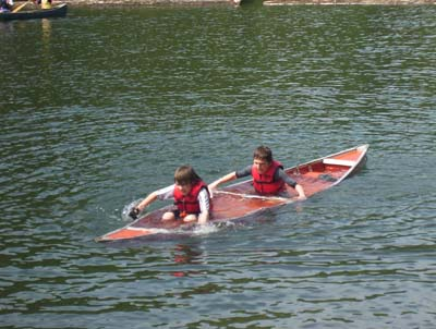 Swamping a canoe practice