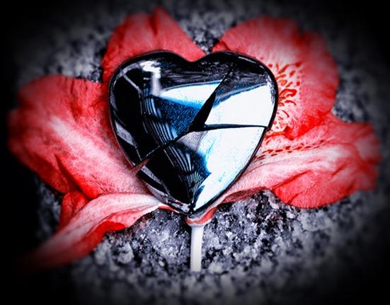 silver-broken-heart