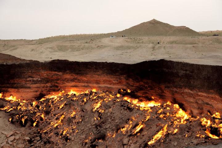 A porta do inferno em Turquemenistão