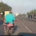 Berjoget di atas Motor, Seorang Pria Hebohkan Warga dan Pengendara di Jalan Pantura Subang