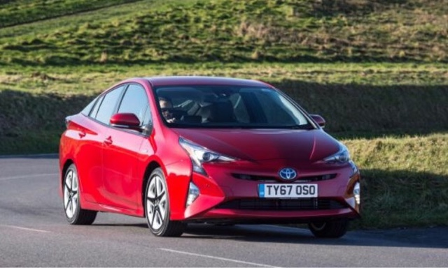taxi leaks london to reclassify the toyota prius as a polluter by gerald coba. Black Bedroom Furniture Sets. Home Design Ideas
