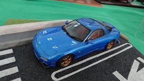 1:43 Mazda RX7 in blue