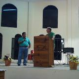 Pastor Scott, preaching at Sendero de la Cruz.