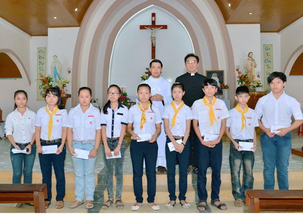 Giáo xứ Thanh Điền tổng kết năm học giáo lý 2014 - 2015