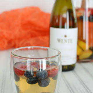 Delicious Summer Berry White Wine Sangira