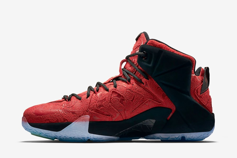 the best attitude fb2a7 2e7a5 ... Release Reminder Nike LeBron XII 12 EXT Kings Cloak ...