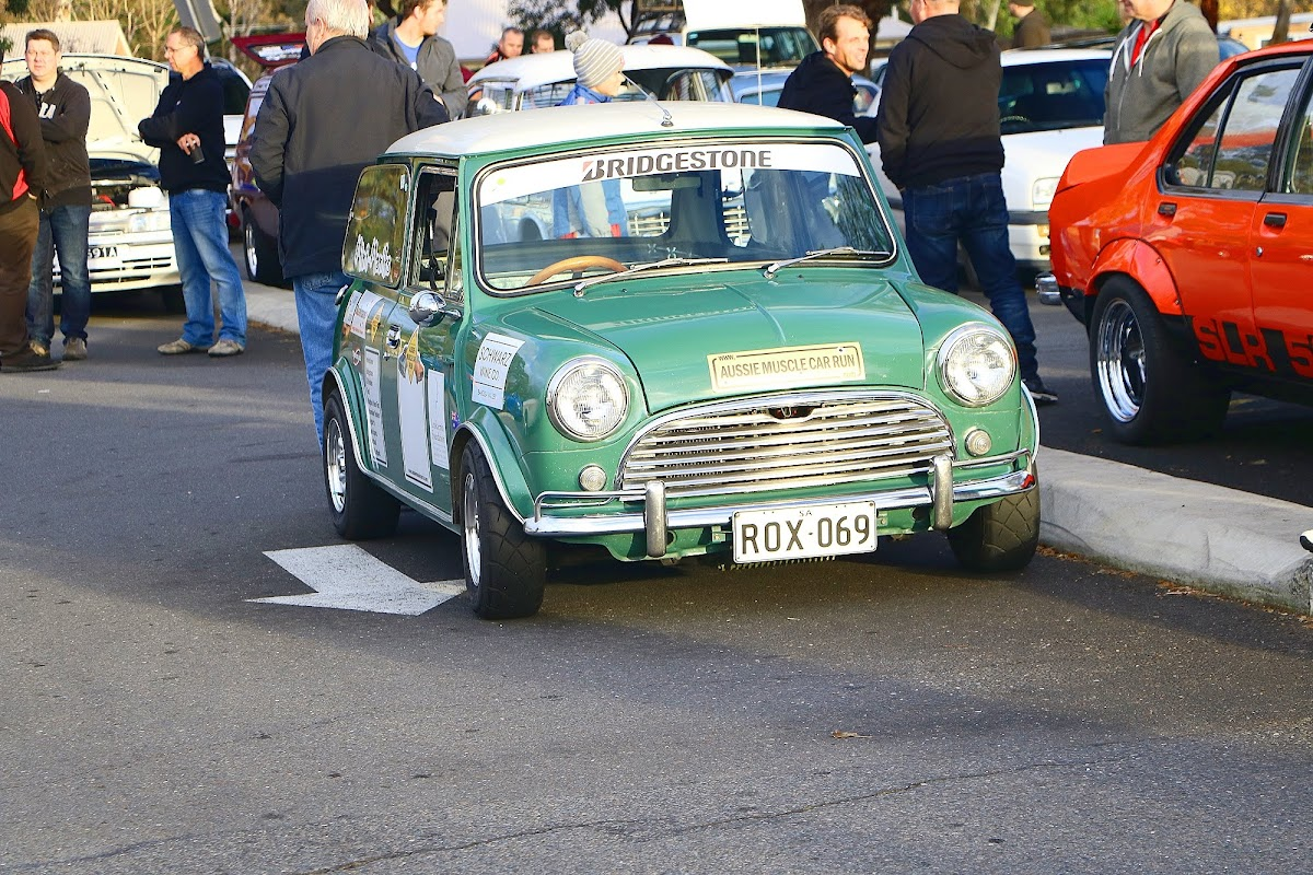Mini British Racing Green Front.jpg