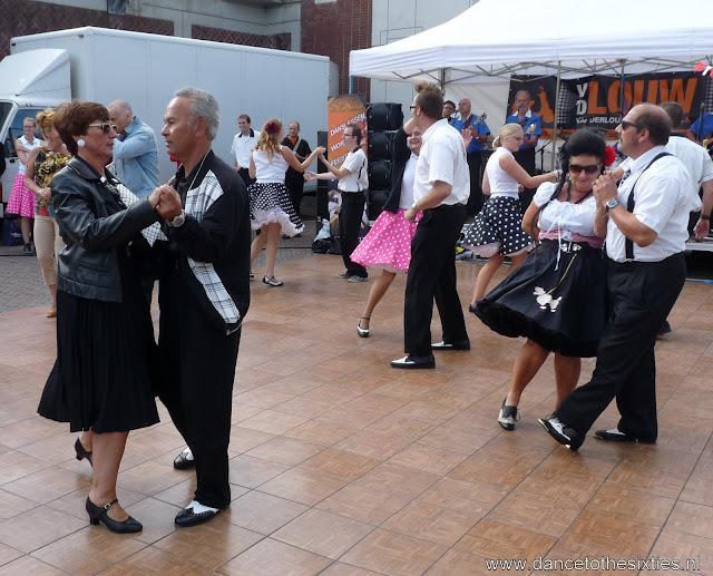 Rock 'n Roll dansshow op Oldtimerdag Alphen aan den Rijn (114).JPG