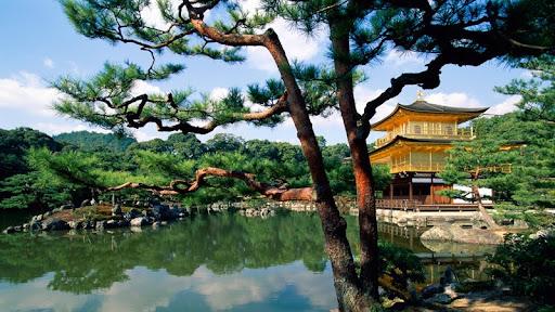 Kinkaku-ji Temple, Kyoto, Japan.jpg