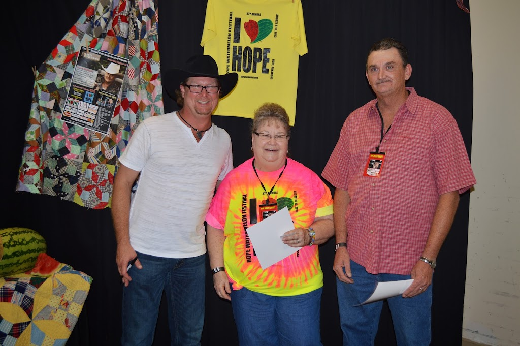 Tracy Lawrence Meet & Greet - DSC_2913.JPG