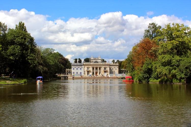 El Palacio de la Isla en el parque Łazienki